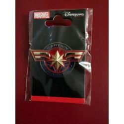 Captain Marvel - Pin's logo...